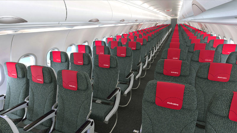 Пассажирский салон Airbus A320 лоукостера Air Arabia